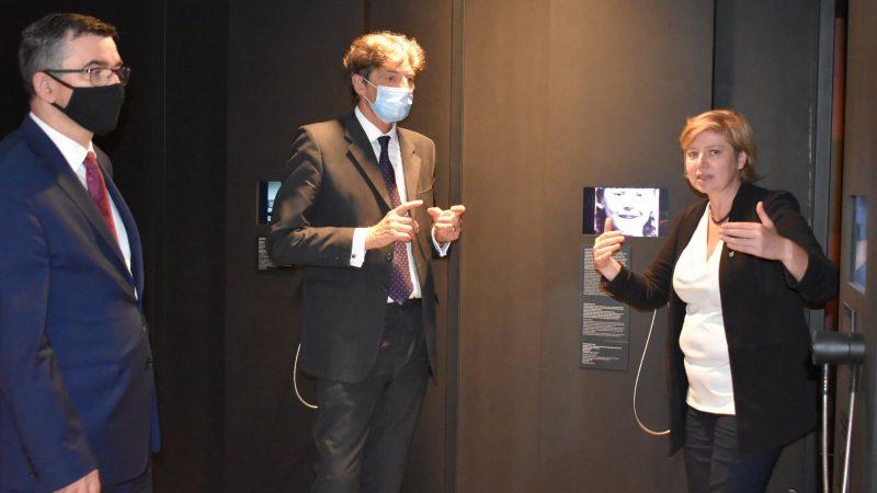 Ambasador RP w Berlinie Andrzej Przyłębski i desygnowany na ambasadora RFN w Warszawie Arndt Freytag von Loringhoven podczas wizyty w Instytucie Pileckiego, 30 sierpnia 2020 r. [Twitter, @PileckiInstitut]