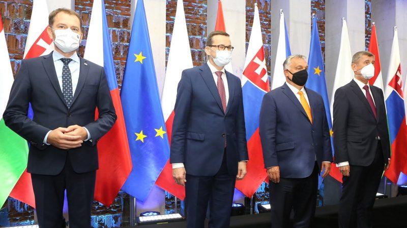 Premierzy państw V4: Igor Matovič, Mateusz Morawiecki, Viktor Orbán i Andrej Babiš podczas spotkania Grupy Wyszehradzkiej w Lublinie, 11 września 2020 r.