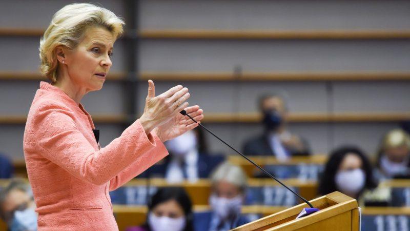 Przewodnicząca Komisji Europejskiej Ursula von der Leyen w trakcie środowego (16 września) Orędzia o stanie UE. / Foto via twitter @vonderleyen