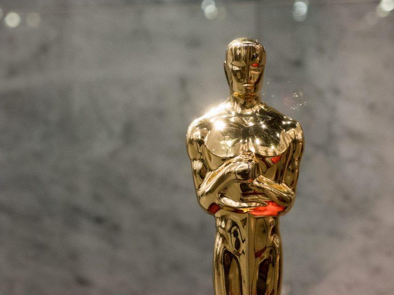 Statuetka Oscara, źródło: libreshot.com, fot. Martin Vorel (CC BY 2.0)
