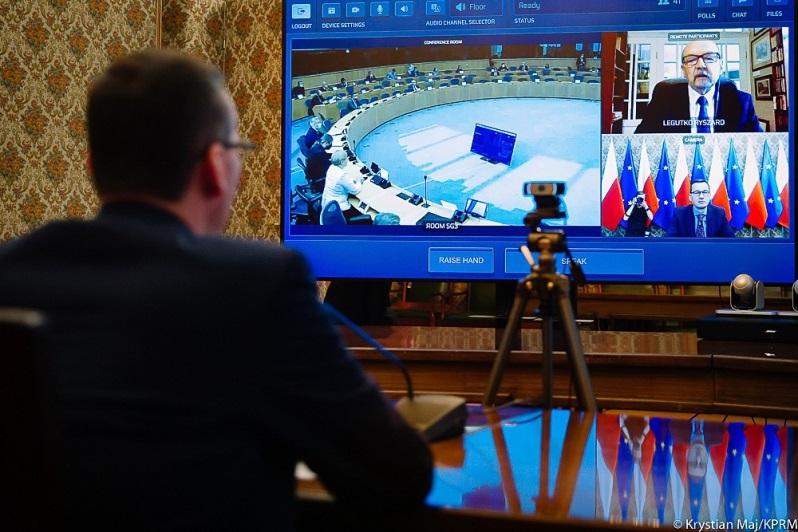 Wideokonferencja premiera Mateusza Morawieckiego z polskimi europosłami nt. Białorusi, źródło Krystian Maj KPRM