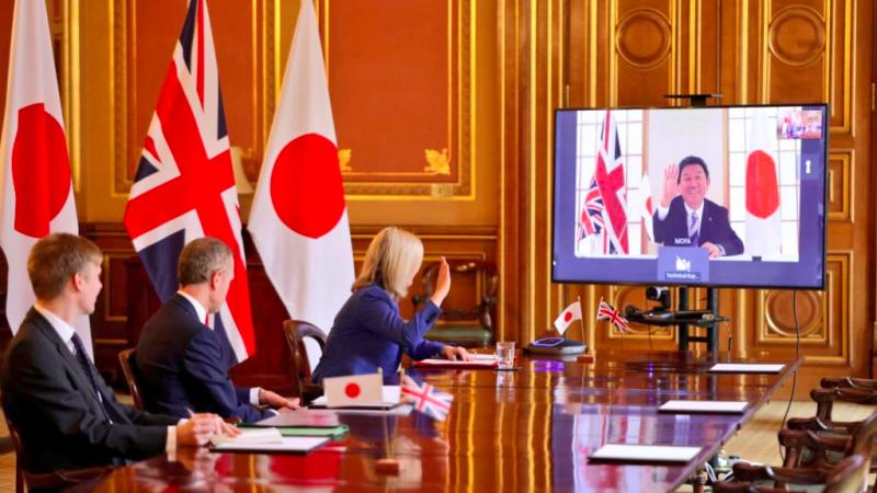 Finał brytyjsko-japońskich negocjacji nad umową o wolnym handlu, źródło: Twitter/Liz Truss (@trussliz)