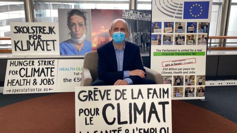 Francuski europarlamentarzysta Pierre Larrouturou
