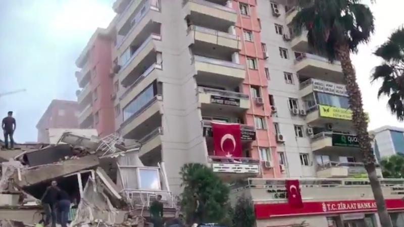 Największe zniszczenia są w tureckim mieście Izmir, źródło: Twitter/@piotr_texel