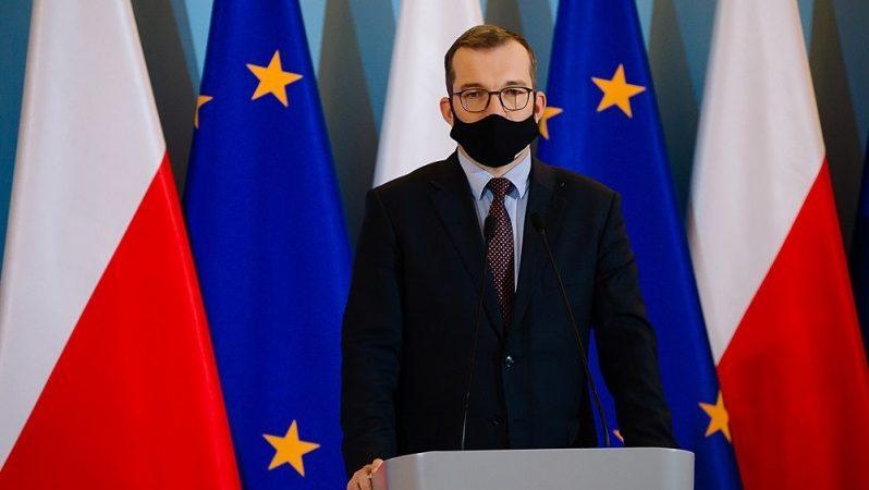 Premier Mateusz Morawiecki na konferencji prasowej w KPRM, źródło Krystian Maj KPRM