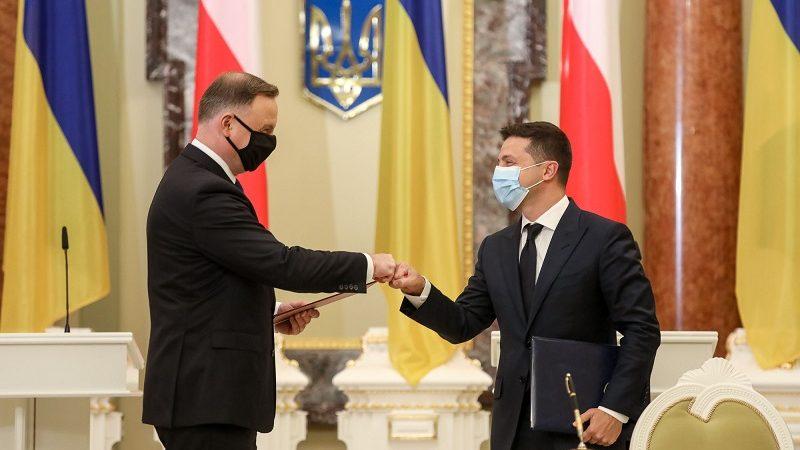Prezydenci Polski i Ukrainy Andrzej Duda i Wołodymyr Zełenski po podpisaniu wspólnej deklaracjiw Kijowie, źródło Jakub Szymczuk KPRP