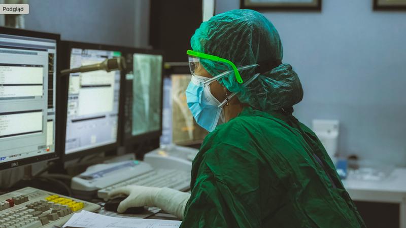 W Belgii do pracy wzywani są nawet lekarze już zakażeni koronawirusem (Photo by Irwan iwe on Unsplash)