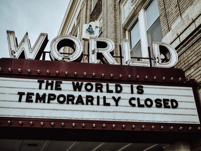 Swoimi wizjami co do przyszłości świata po pandemii koronawirusa dzielili sięuczestnicy tegorocznego Europejskiego Forum Nowych Idei (Photo by Edwin Hooper on Unsplash)