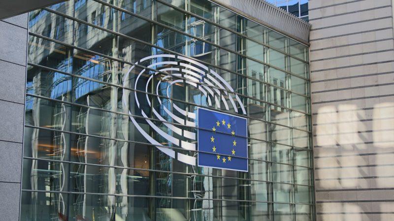 Parlament Europejski ma według informacji RMF FM zagłosować nad rezolucją ws. prawa do aborcji w Polsce w połowie listopada (Photo by Guillaume Périgois on Unsplash)