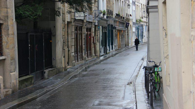 Francja, Czeczenia, moderstwo, dekapitacja