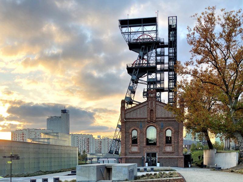 Wieża widokowa szybu Warszawa II na terenie Muzeum Śląskiego. Fot. wouter van eenoo [Flickr]