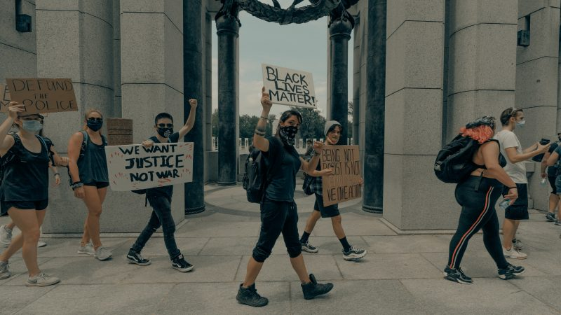 Protest ruchu Black Lives Matter w Waszyngtonie (Photo by Clay Banks on Unsplash)