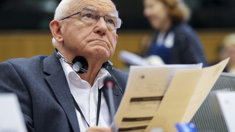 Polska, Unia Europejska, Leszek Miller, budżet UE, weto, Morawiecki, Fundusz Odbodowy