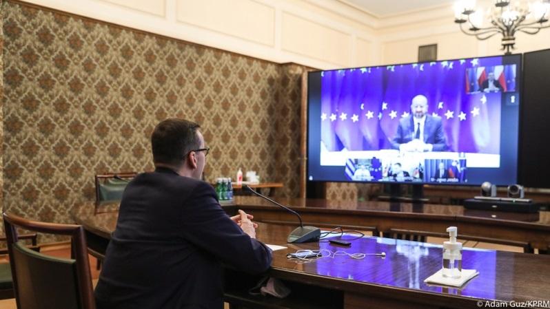 Wideokonferencja premiera Mateusza Morawieckiego z szefem RE Charlesem Michelem przed szczytem UE, źródło Adam Guz KPRM