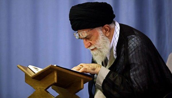Najwyższy duchowy przywódca Iranu Ali Chamenei, źródło: khamenei.ir (CC BY 4.0)