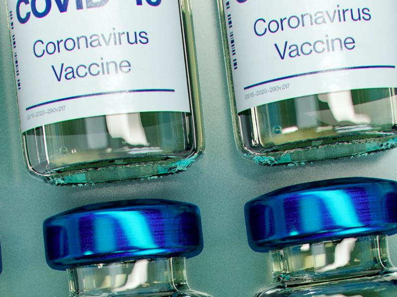 Testy szczepionki na koronawirusa koncernu Johnson&Johnson mogą sięzakończyć już w lutym (Photo by Daniel Schludi on Unsplash)