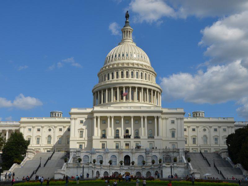 Kapitol w Waszyngtonie, siedziba Kongresu USA, fot. Don Shin [Unsplash]