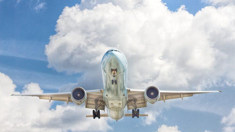 Boeing 737 MAX znów został uznany w UE za bezpieczny samolot (Photo by John McArthur on Unsplash)