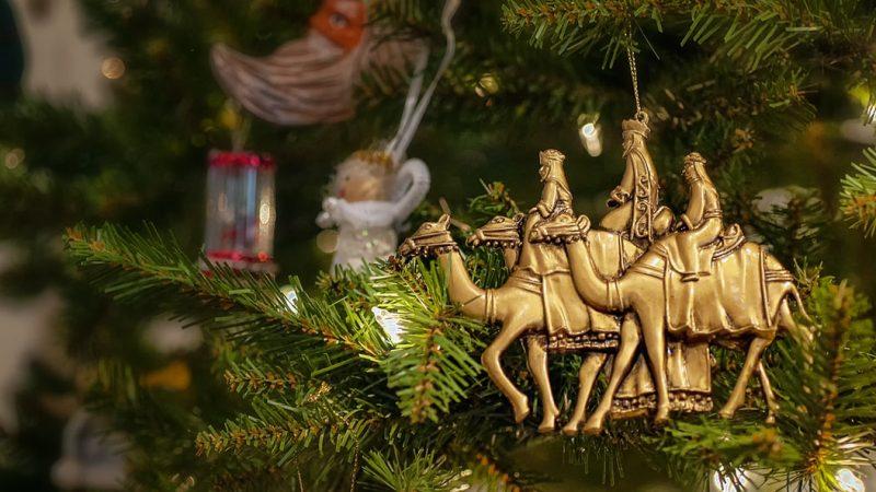 Trzej Królowie, święto Trzech Króli, prawosławne Boże Narodzenie, los Reyes Magos,