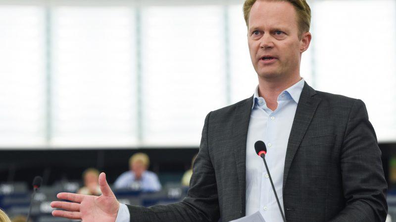 dania-jeppe-kofod-dyplomacja-technologiczna-unia-europejska-big-tech