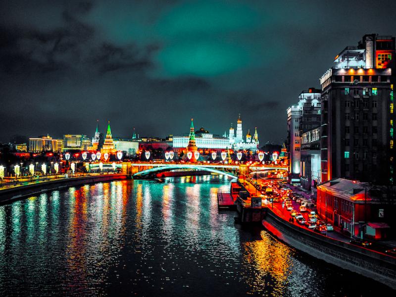 Do Moskwy wrócą rosyjscy dyplomaci akredytowani w Polsce, Szwecji i Niemczech (Photo by Serge Kutuzov on Unsplash)