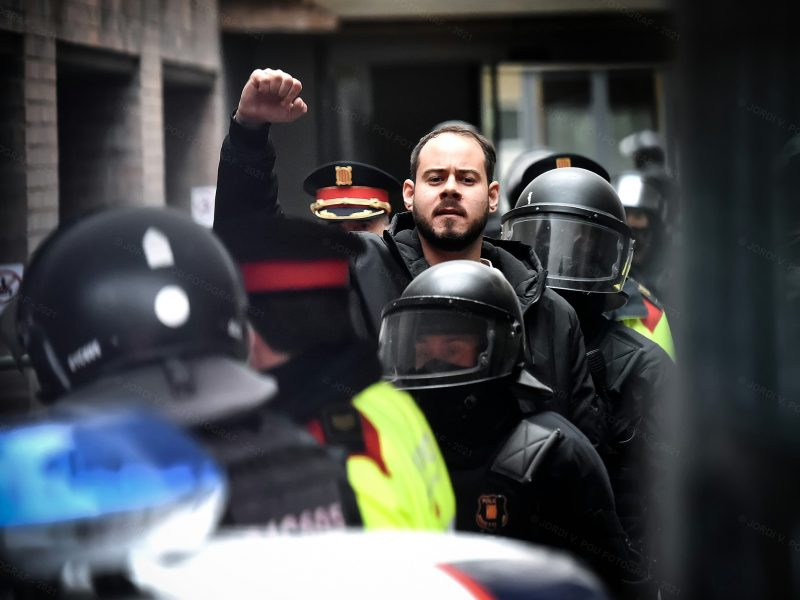 Pablo Hasél, Hiszpania, Juan Carlos I, wolność słowa, Twitter, media społecznościowe, Facebook, rodzina królewska, hiszpania