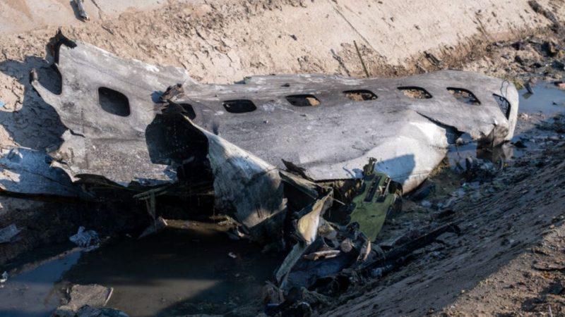 Fragment ukraińskiego samolotu pasażerskiego zestrzelonego pod Teheranem, źródło: Wikipedia/Mehr News Agency (CC BY 4.0)