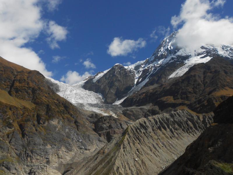 Himalajskie lodowce coraz mocniej topnieją, źródło: Wikipedia, fot. Yann (CC BY-SA 4.0)