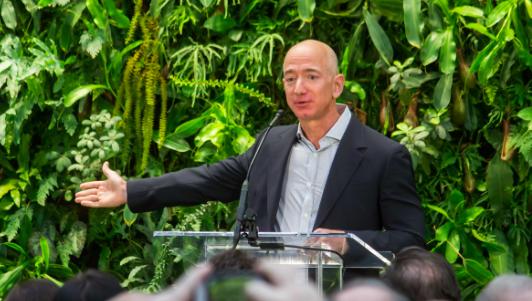 Jeff Bezos rezygnuje z funkcji prezesa Amazon, źródło: Fickr/Seattle City Council (CC BY 2.0)