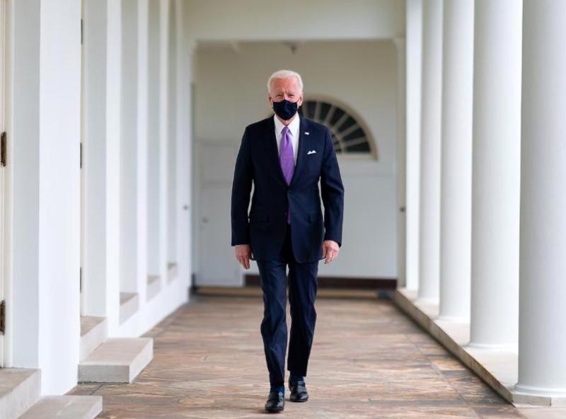 Prezydent USA Joe Biden podpisał rozporządzenie nakładające sankcje na Rosję, źródło: Twitter/President Biden (@POTUS)