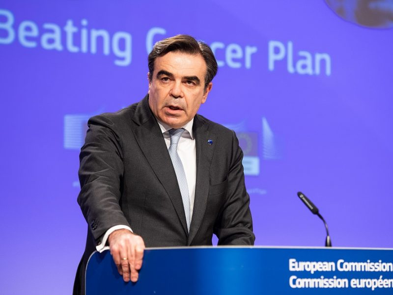 Komisja Europejska, Unia Europejska, plan walki z rakiem, papierosy, alkohol, używki, HPV, badania, szczepienia