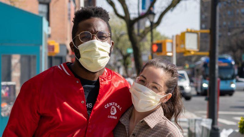 Maseczki rozdawane w Belgii w ramach rządowego programu mogą być toksyczne (Photo by Julian Wan on Unsplash)