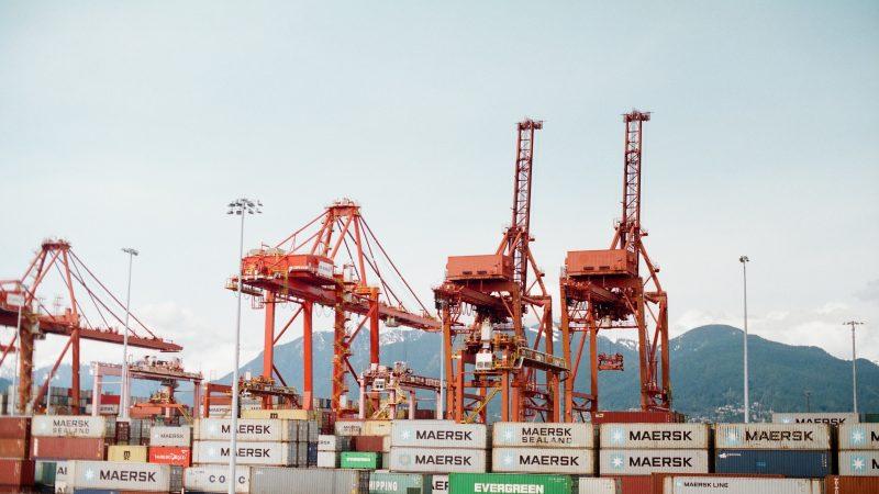 To już nie USA, a Chiny sąnajwiększym partnerem handlowym UE (Photo by Kyle Ryan on Unsplash)