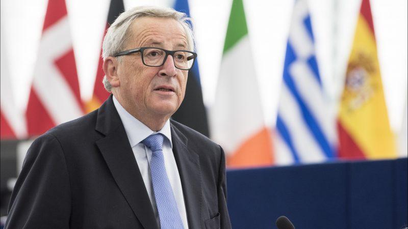 Największą sumę z funduszy unijnych, w tym z Europejskiego Funduszu Rozwoju w latach 2016-2019 otrzymała firma KPMG. Następne w kolejności były Ernst & Young, PwC i Deloitte. Na zdjęciu ówczesny przewodniczący Komisji Europejskiej, Jean-Claude Junkcer.