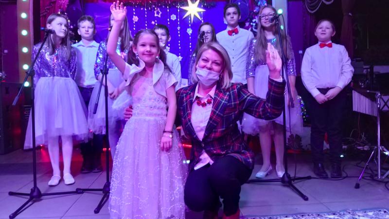Andżelika Borys z uczniami polskich szkół społecznych na Białorusi, źródło: Twitter/Andżelika Borys (@AngelikaBorys)