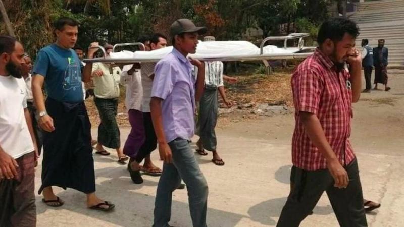 Pogrzeb siedmiolatki zabitej przez policjęw Mandalaj w Birmie, źródło: Twitter/Shafiur Rahman (@shafiur)