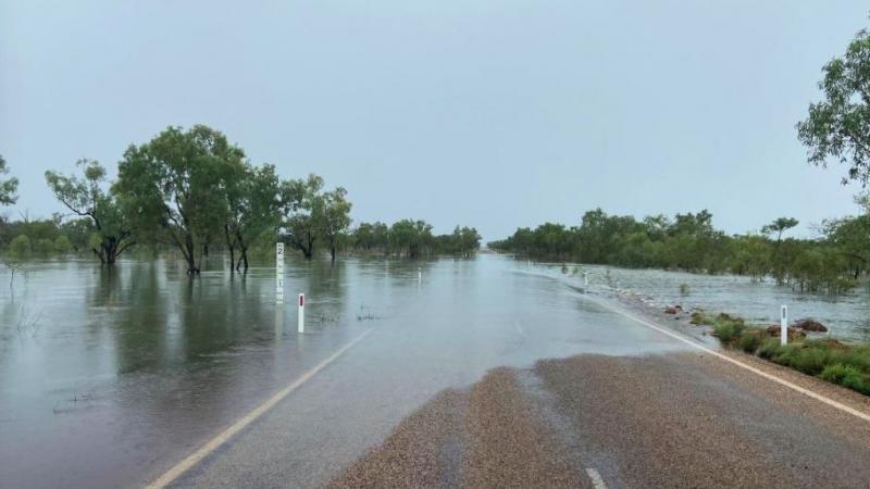 Wiele dróg w południowo-wschodniej Australii stało się przez powódźnieprzejezdnych, źródło: Bureau of Meteorology, Western Australia