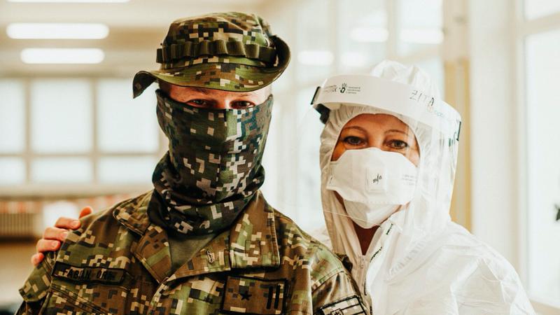 Wojsko wspiera personel medyczny w walce z koronawirusem w wielu krajach UE, źródło: pixabay, fot. Helen Jank