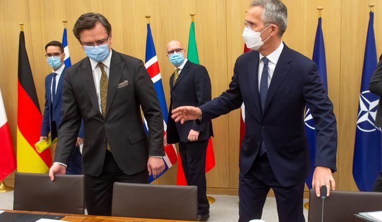 Dmytro Kułeba, Jens Stoltenberg, Ukraina, NATO