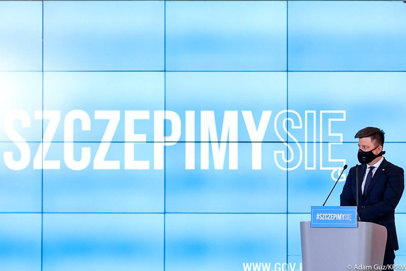 michal-dworczyk-kancelaria-premiera-polska-prawo-i-sprawiedliwosc-ministerstwo-zdrowia-awaria-szczepienia-COVID19