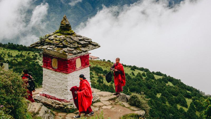 Bhutan postanowił zaszczepić mieszkańców naraz. I wystarczyło nieco ponad tydzień (Photo by Adli Wahid on Unsplash)