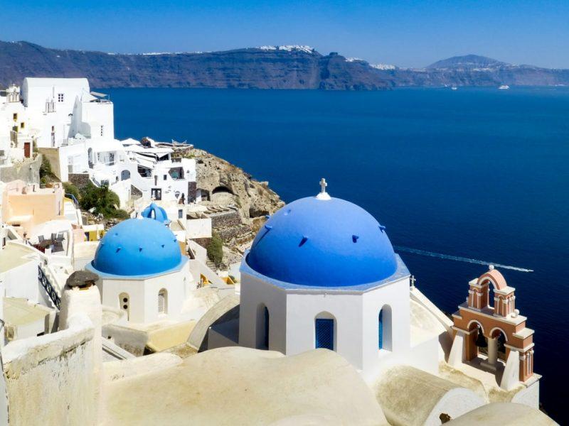 santorini-wakacje-2021-grecja-turystyka-urlop-pandemia-covid19-paszport-szczepionkowy-unia-europejska-wypoczynek