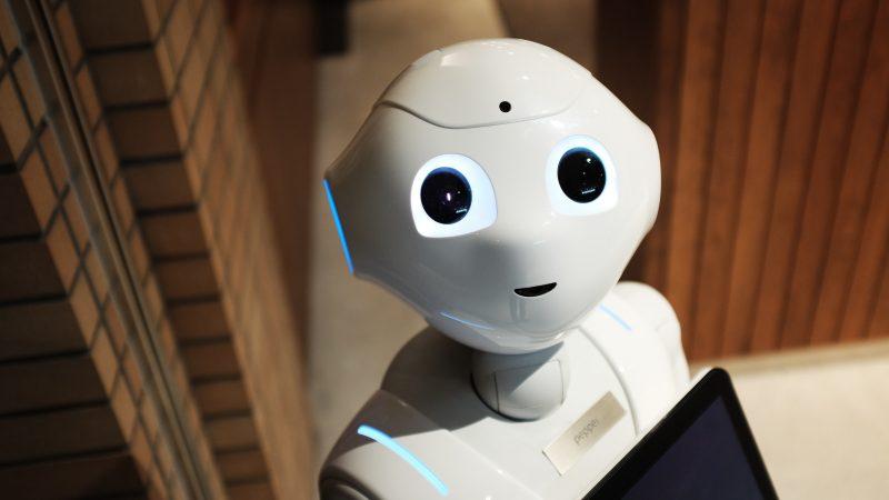 sztuczna-inteligencja-ai-nowe-technologie-regulacje-przepisy-kategorie-bezpieczenstwo-unia-europejska-komisja-europejska