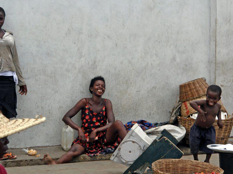 Wywołany przez pandemięCOVID-19 kryzys gospodarczy uderzył w kobiety mocniej niżw mężczyzn (Photo by bill wegener on Unsplash)