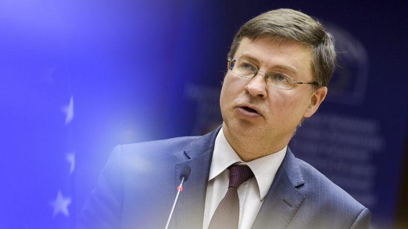 Unia Europejska, Parlament Europejski, Chiny, Komisja Europejska, umowa inwestycyjna, prawa człowieka, Dombrovskis