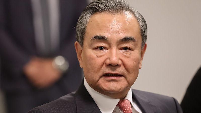 Wang Yi podważa dowody na wymierzone w Chiny sankcje. Monachijska Konferencja Bezpieczeństwa (25 maja)