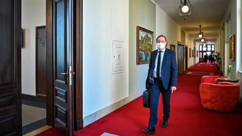 Były już minister zdrowia Czech Petr Arenberger, źródło: Twitter/Úřad vlády ČR (@strakovka)