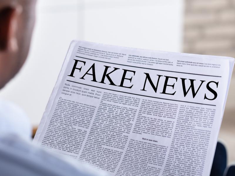 wolnosc-mediow-prasa-dezinformacja-fake-news-pandemia-koronawirus-kryzys-dziennikarstwo-reporterzy-bez-granic