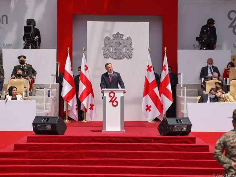 Wystąpienie prezydenta Andrzeja Dudy w czasie święta niepodlegołości Gruzji, źródło Jakub Szymczuk