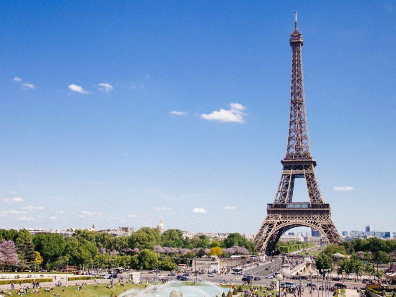 Francje odeśle na kwarantannęwszystkie osoby, które przybędąz Wielkiej Brytanii (Photo by Anthony DELANOIX on Unsplash)